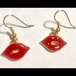 Jewelry - 🔥FIRE RED 🔥💋KISSABLE LIP💋 EARRINGS  —Nwt 🏷